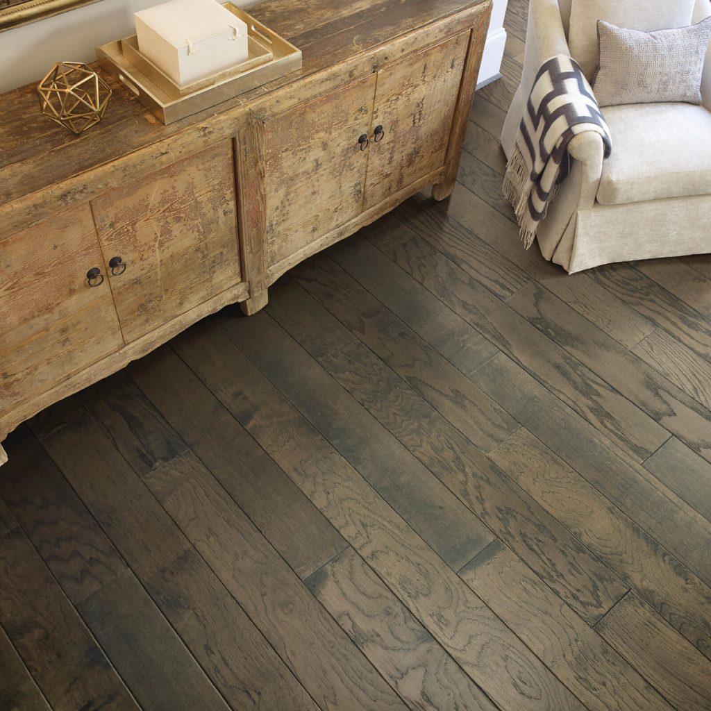 Hardwood flooring | BMG Flooring & Tile Center
